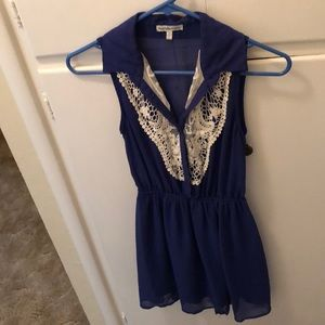 Knitted blue collared dress